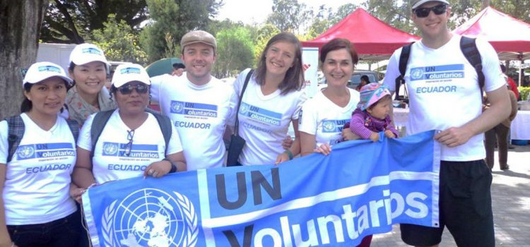 un volunteer job